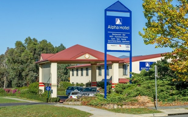 Alpha Hotel Canberra - Accommodation Guide