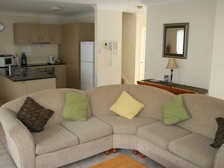 Pacific Sun Gold Coast Holiday Townhouse - Accommodation Guide