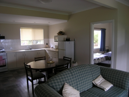 Lilacs Waterfront Villas and Cottages - Accommodation Guide