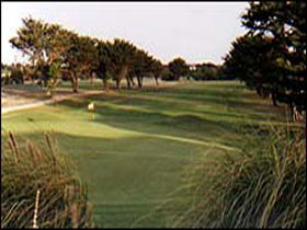 South Lakes Golf Club - Accommodation Guide