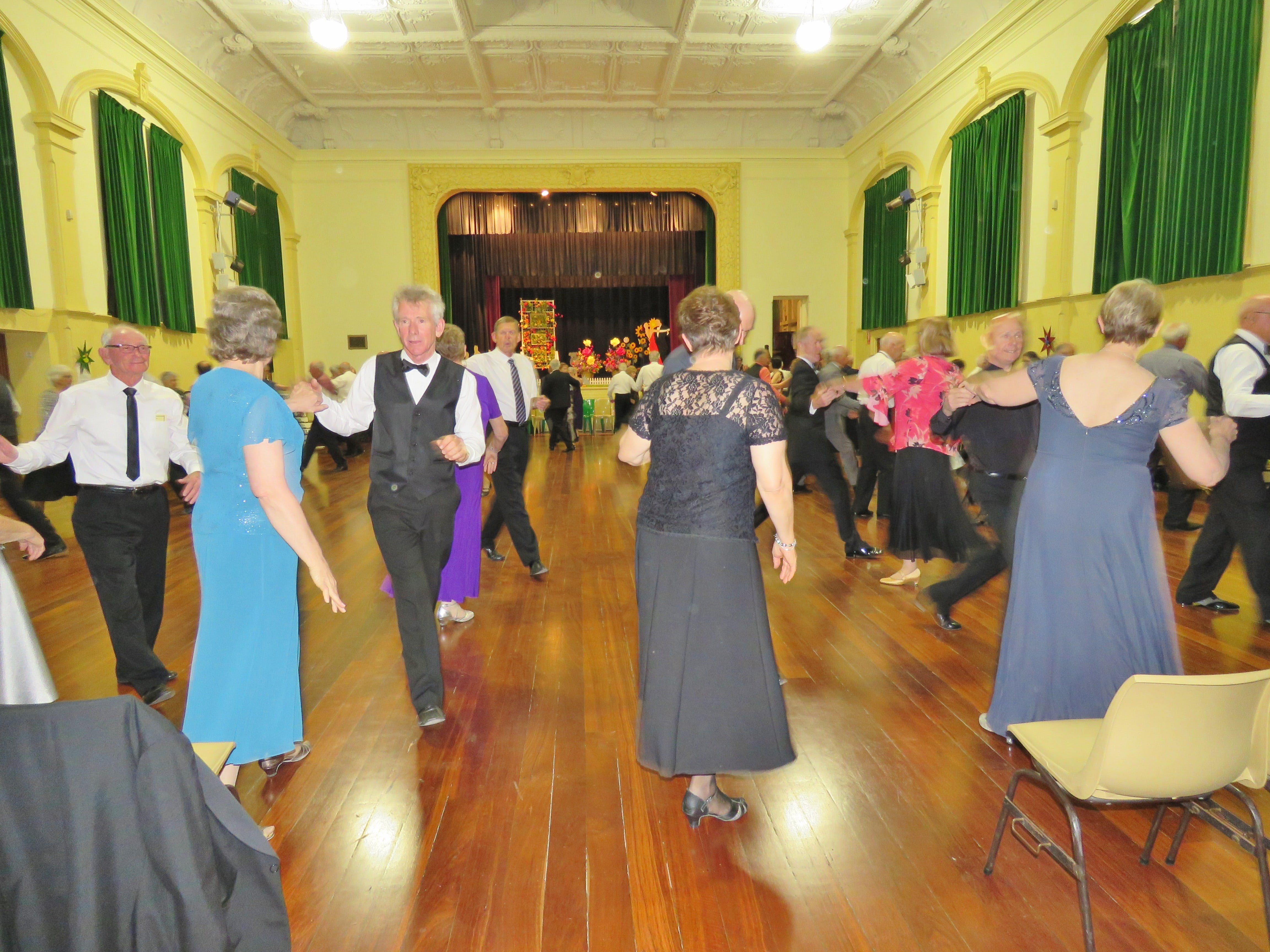 Old Style/New Vogue Dance Wallaroo - Accommodation Guide